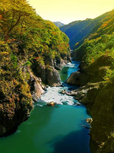 30 むささび橋より鬼怒川方面紅葉3 s.jpg