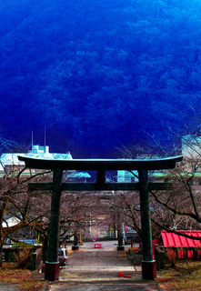 4 弁財天 温泉神社 小.jpg