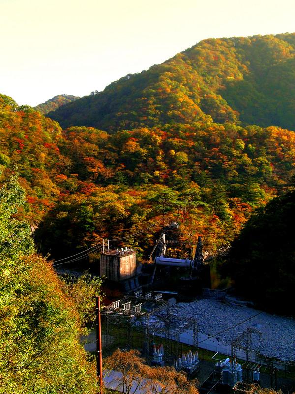 21川治第二発電所.JPG