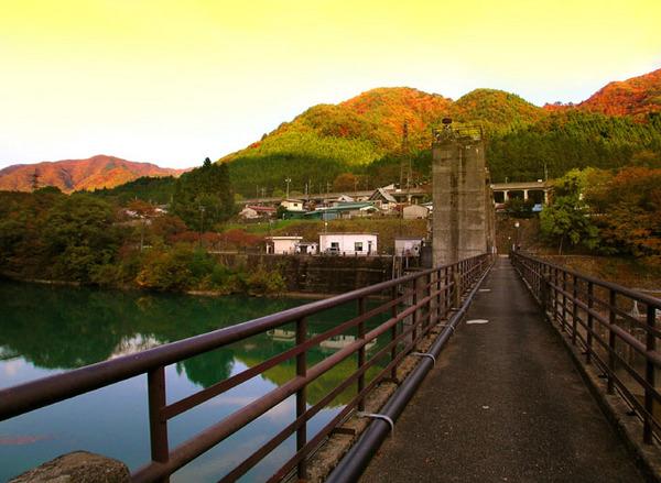 37小綱ダム橋s.jpg